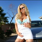 {nikkibenz} Nikki Benz Naughty Masseuse