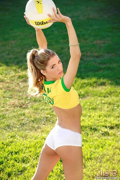 Thea Stevens Nude Footballer