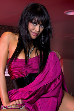 Priya Rai Bartop Striptease