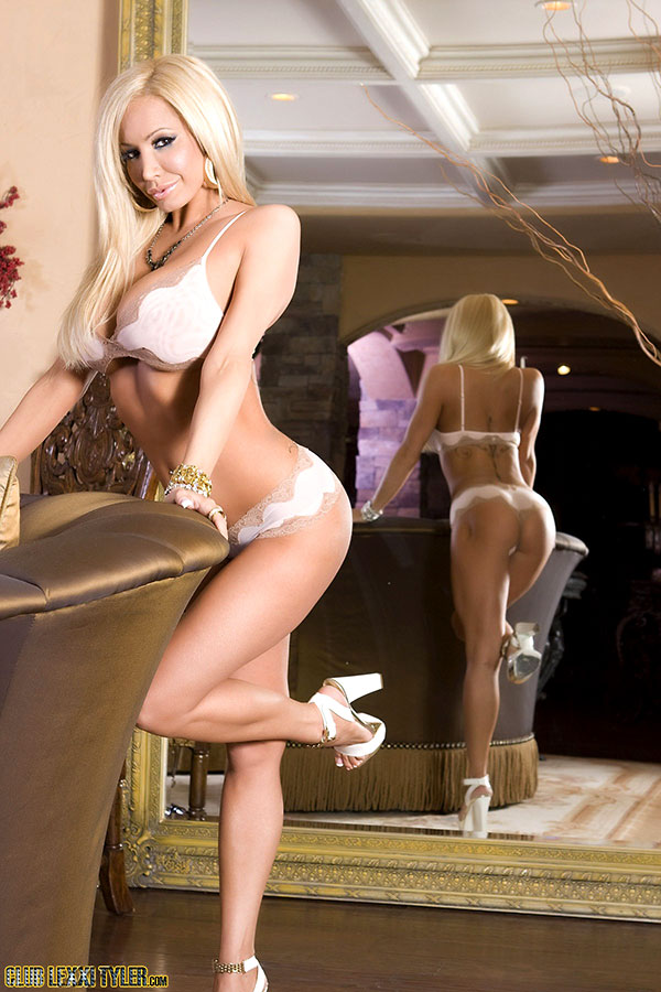 Photos nude Lexxi star