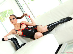 jenna-haze-latex-15