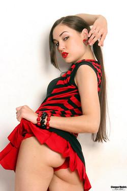 gmgb-sashagrey-red-04
