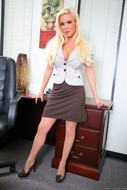 Diamond Foxxx Naughty Naked Secretary