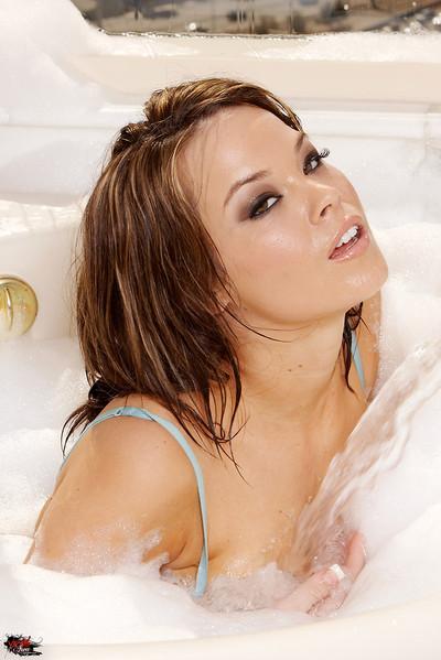 Brea Lynn Busty Brunette Bubble Bath