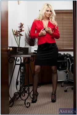 Jazy Berlin Makes for One Naughty Secretary