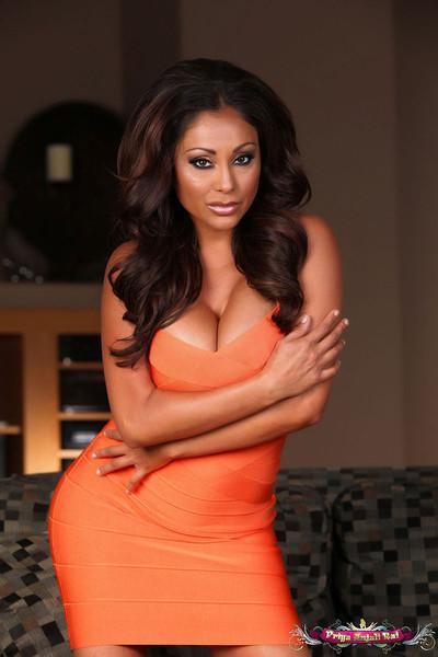Priya Rai Flaunts her Tight Dress and Big Boobs