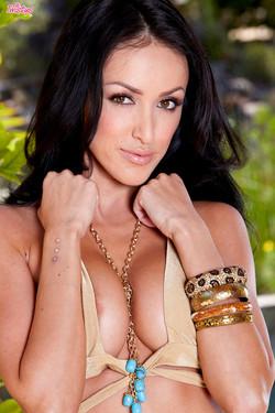 Breanne Benson Sexy Bodied Brunette Pornstar Strips Gold Bikini