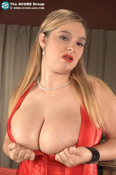 April McKenzie Big Boob Georgia Peach Measures Busty Beauties