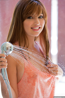 Jade Couture Cools Off in Shower