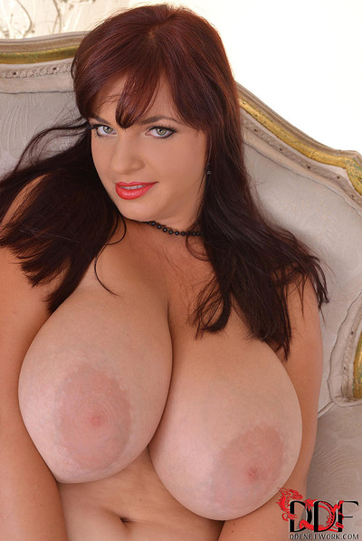 Joanna Bliss BBW Redhead Bares Massive Boobs