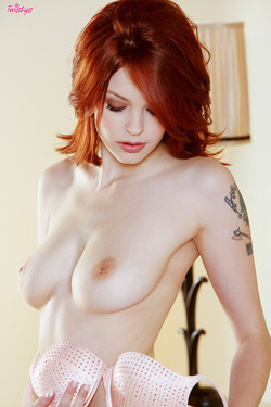 Bree Daniels Redheaded Sex Kitten Bedroom Striptease