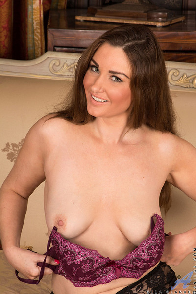 Ella Clarke Saucy MILF Bares Soft Curves and Hard Nipples