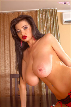 Sha Rizel Exposes Huge H-Cup Breasts from Red Dress