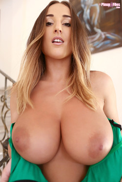 Stacey Poole Boobalicious Brit Previews Christmas Lingerie