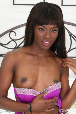 Ana Foxxx Quickly Loses her Purple Bra and Panties
