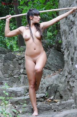 nue-lola-rustyka-jungle-11
