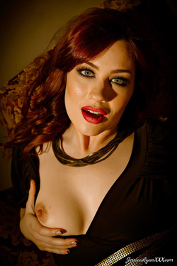 Jessica Ryan Glamourous Redhead Bares Beautiful Natural Breasts