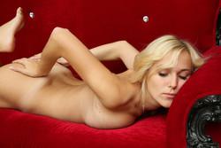 sexart-vika-aislin-011916-12