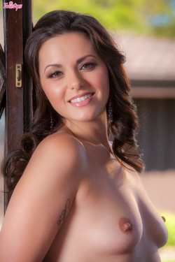 Khaleesi Wilde Stunning Brunette Bares Natural Breasts