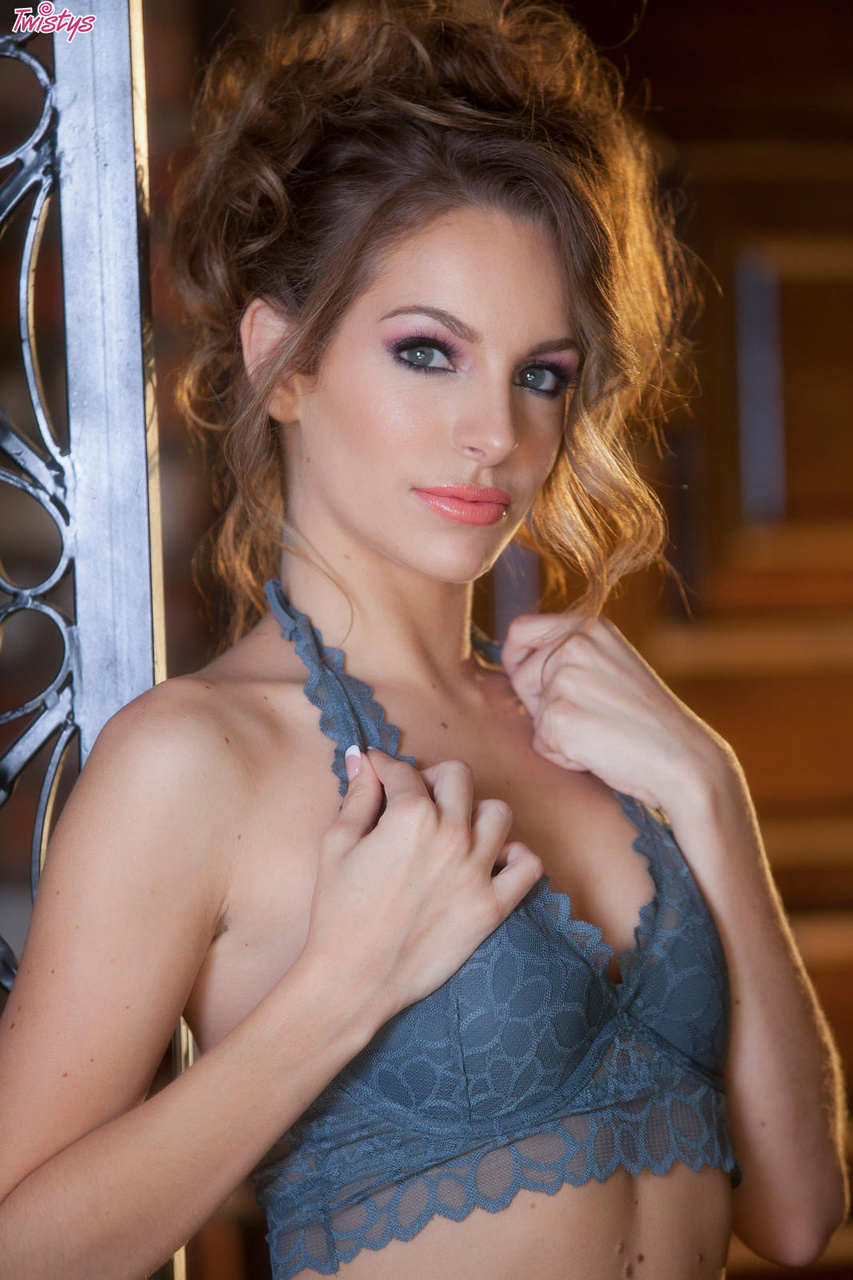 Kimmy Granger Strips and Spreads on the Porch