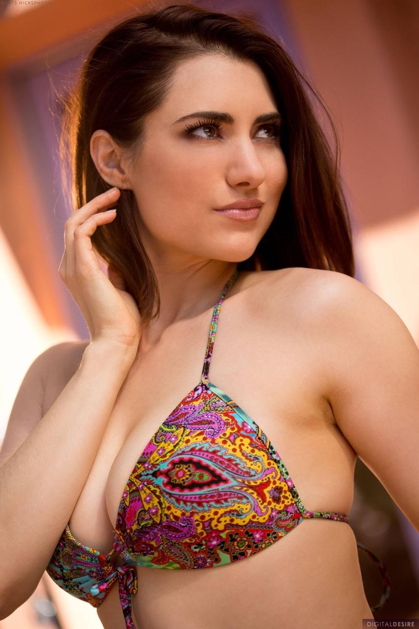 Tiffany Crystal Brunette Bikini Babe Strips Naked