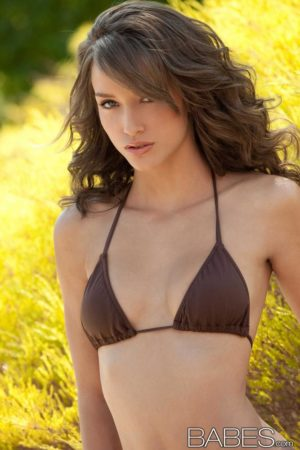 Malena Morgan Slips Out of Tiny Bikini
