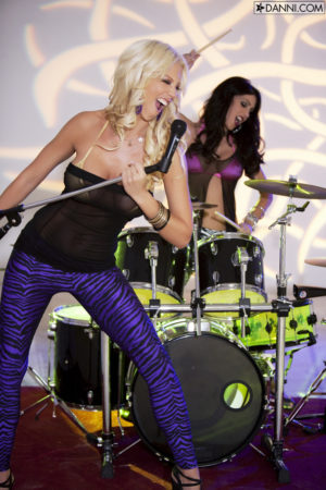 Tanya James Rocks With Jessica Jaymes