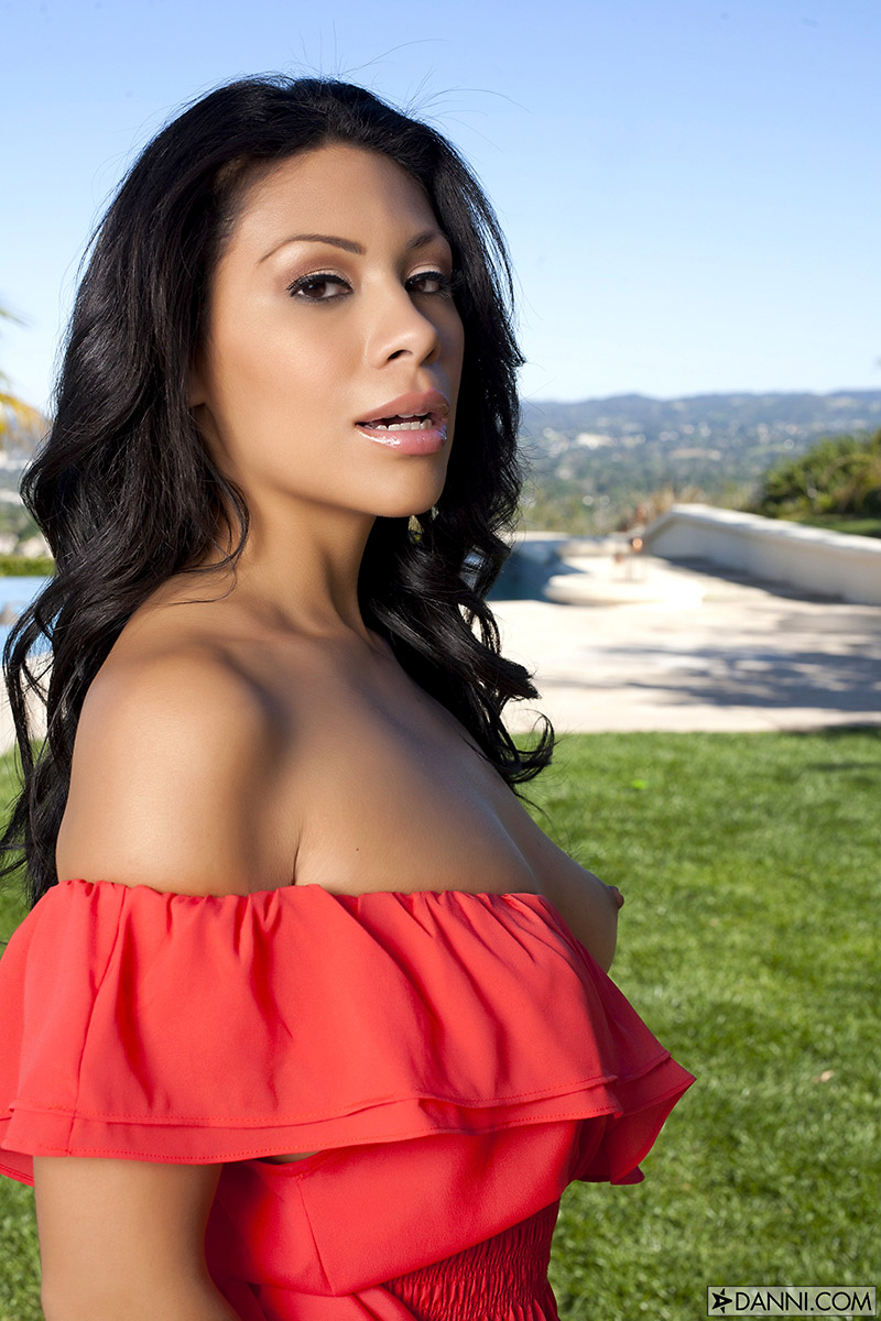 Cassandra Cruz Sultry Latina Strips Naked Outdoors
