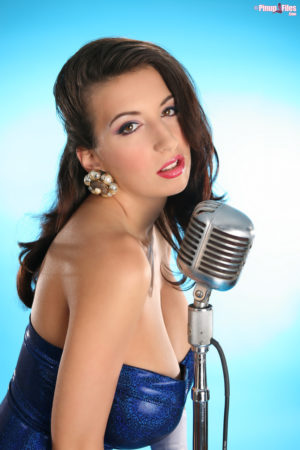 Jana Defi Big Boobs Glamour Model Sings the Blues