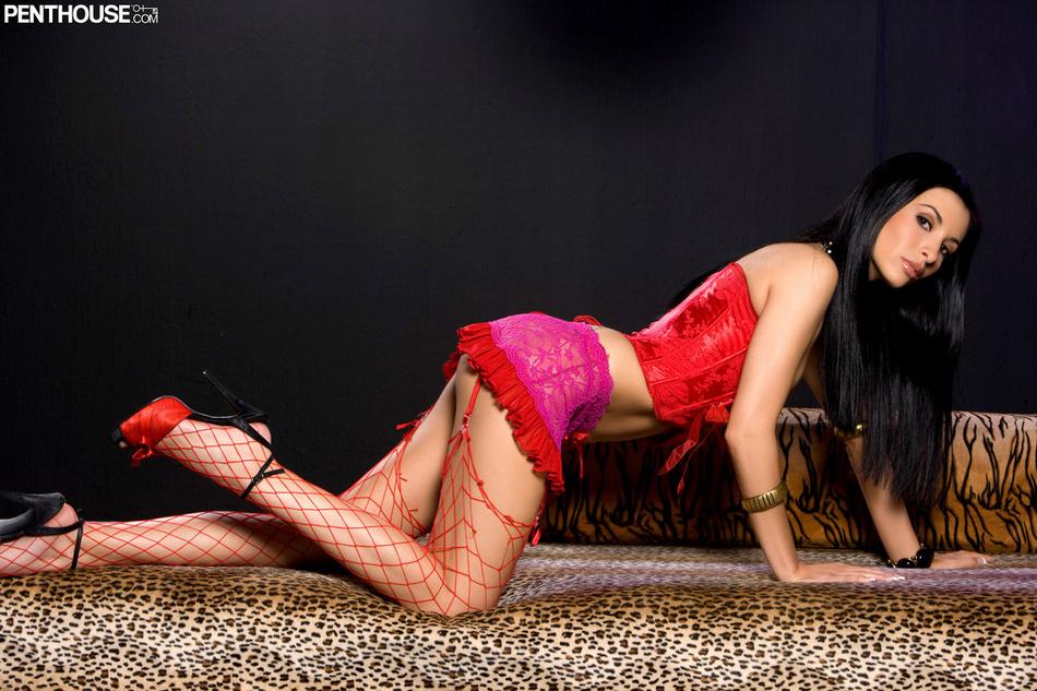 Tristan Kingsley In Red Fishnet Stockings
