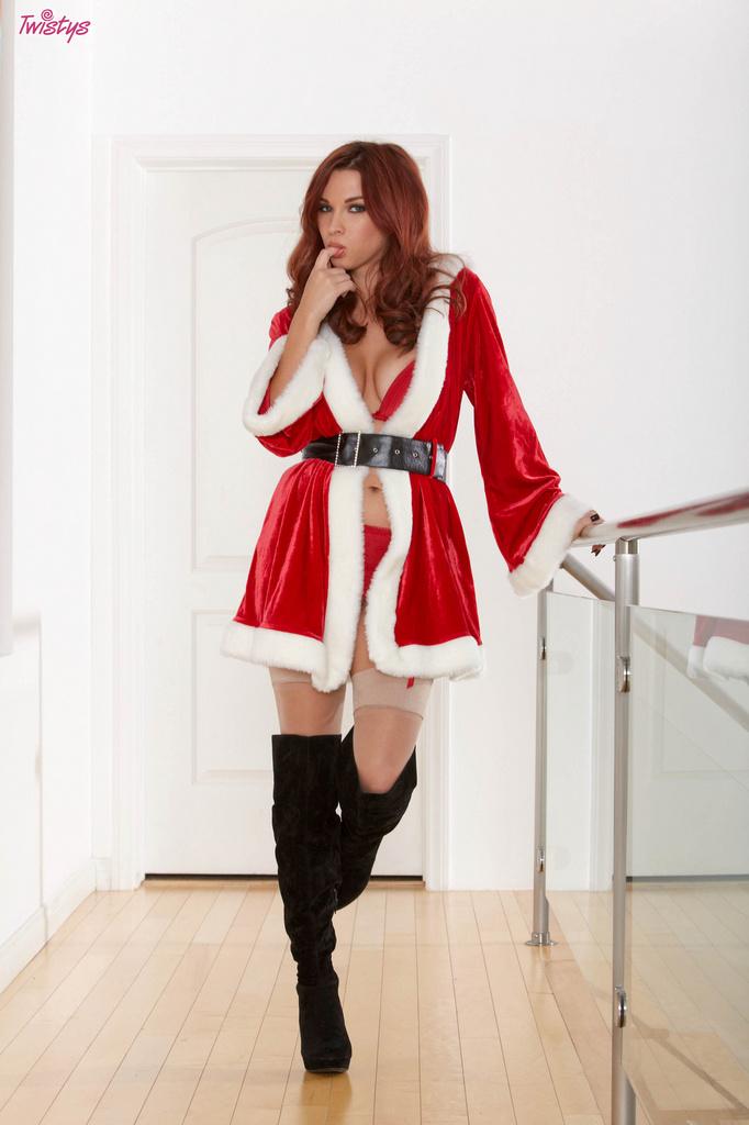 Sabrina Maree Sexy Santa Tease