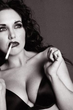 erotic-smoking-galleries