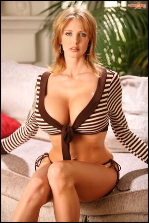 Brandy Robbins Big Tits Blonde in High Heels