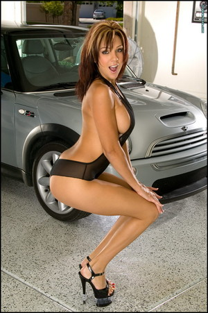 Macy Sky Strips and Spreads in the Garage