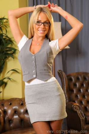 Becky R Skirt and Glasses