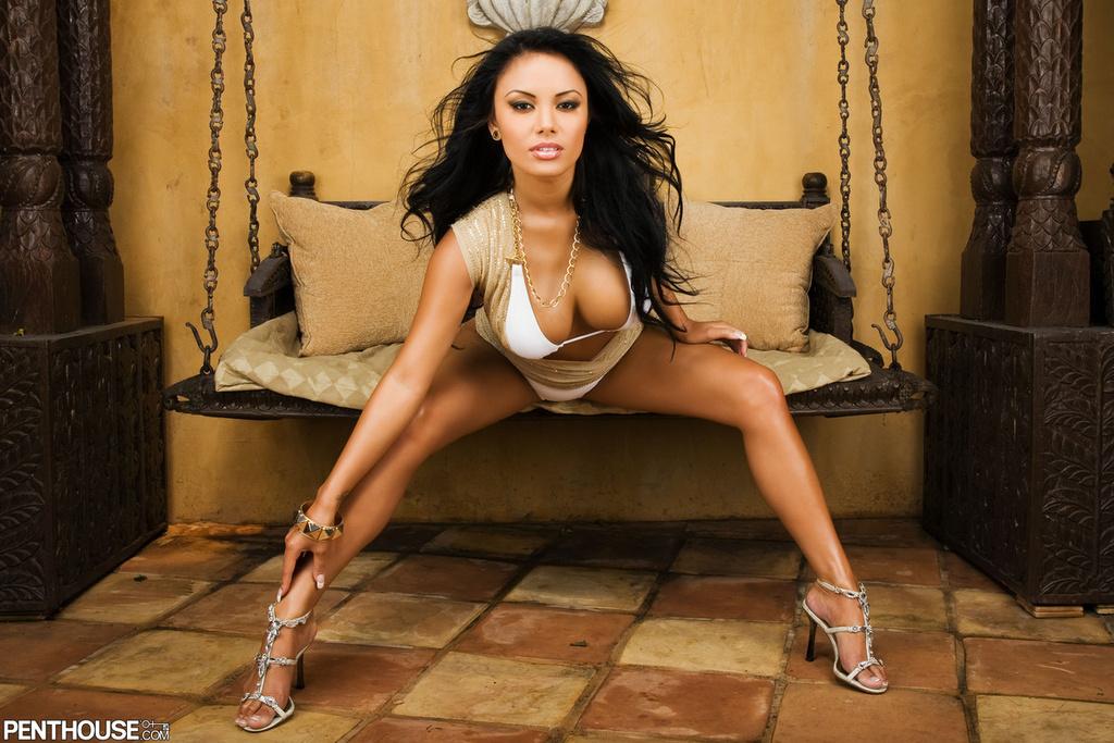 Justene Jaro Bares Her Bronzed Body