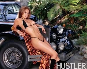 Valentina Vaughn Strips Naked Outdoors