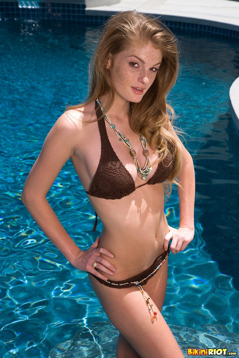 Faye Reagan Bikini Strip in Pool With Wild Dildo