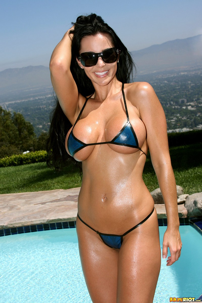Laura Lee Huge Tits in Transparent Latex Bikini