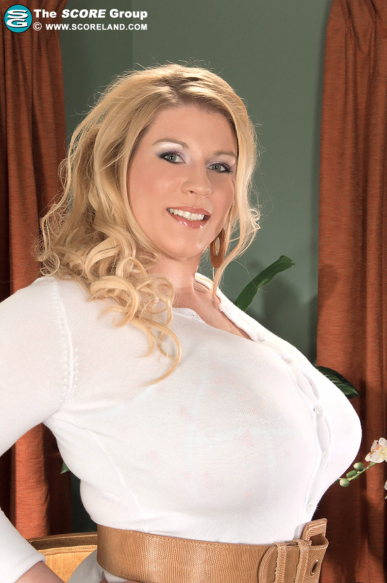 Renee Ross Massive Boobs Bust her White Sweater Dress
