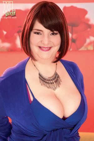 Christina Kline Ample Redhead Licks Huge Boobs