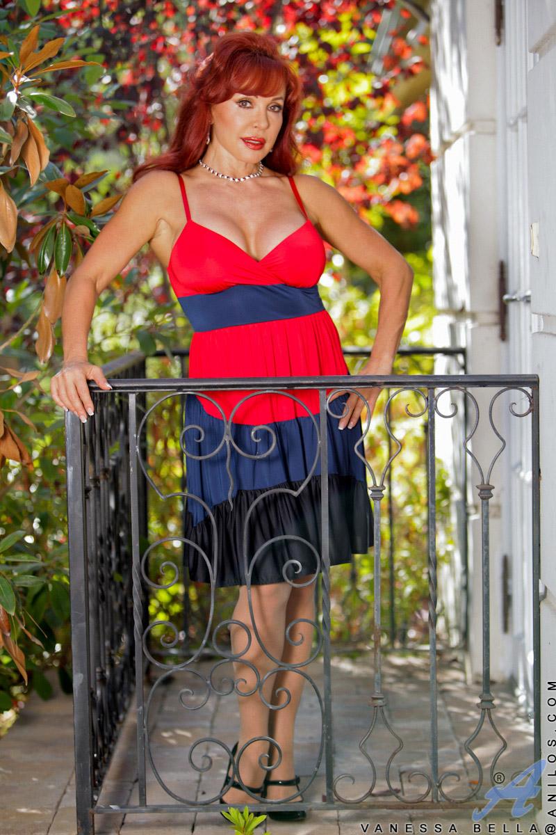 Vanessa Bella Mature Latina Redhead Reaches for her Dildo