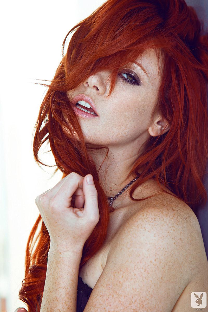 Elle Alexandra Fiery Redhead Exposes Tight Perky Breasts