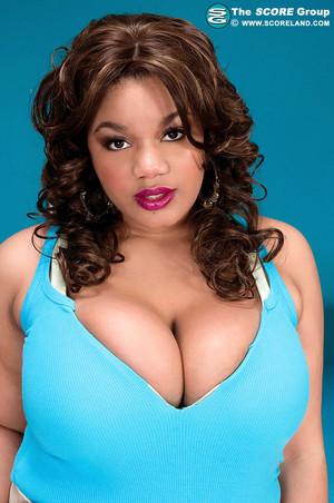 Sadie Blooms BBW Ebony Babe Plays with Huge Boobs