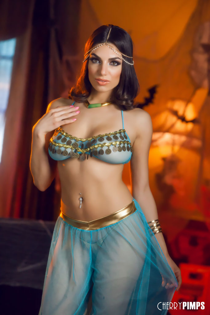 Darcie Dolce Stunning Belly Dancer Stripping